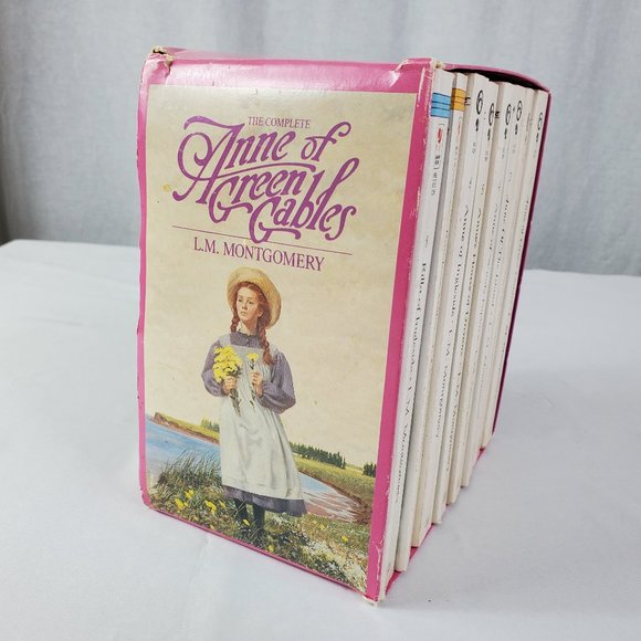 Set of Anne of Green Gables Books
